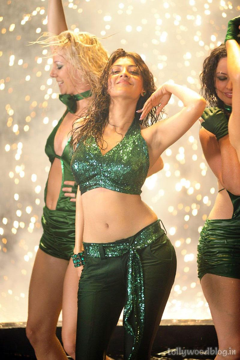 Viewing Image Kajal Agarwal Milky Navel Belly And Armpits Show Gossip All