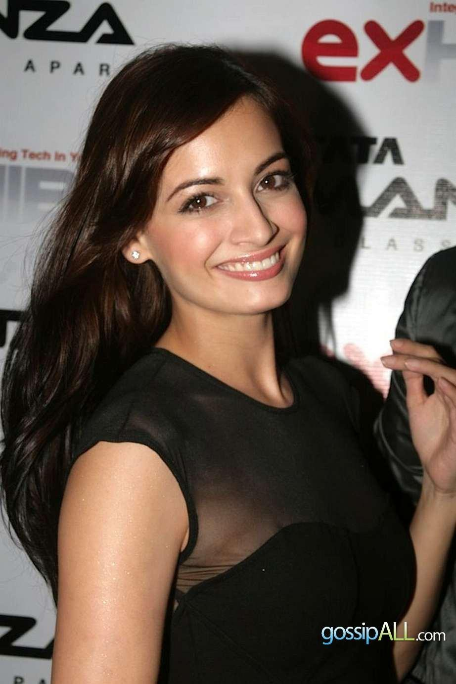 Dia Mirza Posing Nicely with great smile in black gown
